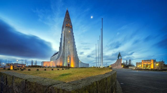 Iceland, stones, grass, city, field, long exposure, statue, car, church, cross, architecture, trees, Reykjavik, evening, lights, moon, building, clouds, modern
