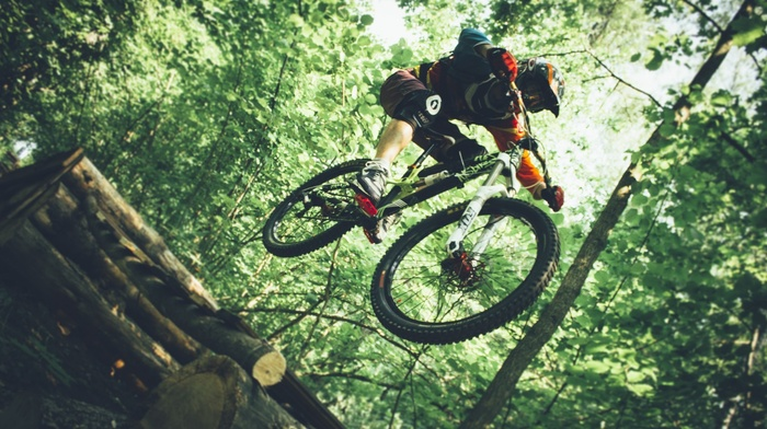 bicycle, mountain bikes, jumping, helmet, sports, vehicle, Downhill mountain biking, sport