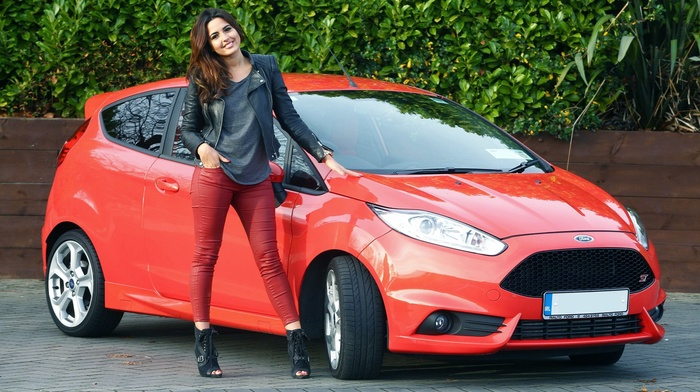high heels, Ford, red cars, Ford Fiesta, girl with cars