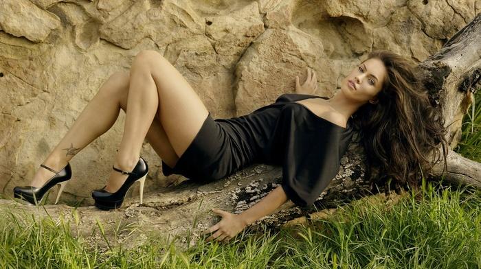 lips, eyes, girl, brunette, rocks, looking at viewer, Megan Fox, long hair
