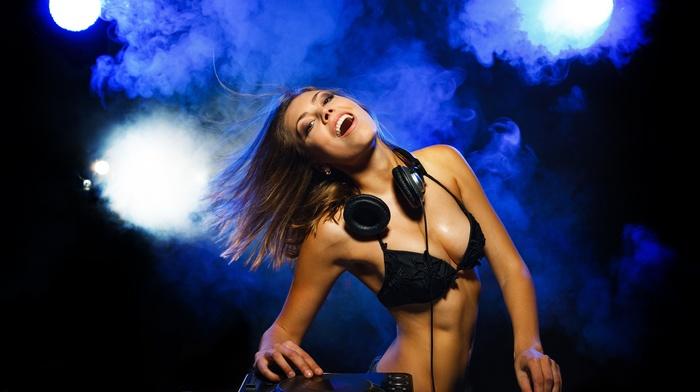 black bras, smiling, headphones, boobs, navels, bra, bare shoulders, brunette, DJ, music, mixing consoles, girl