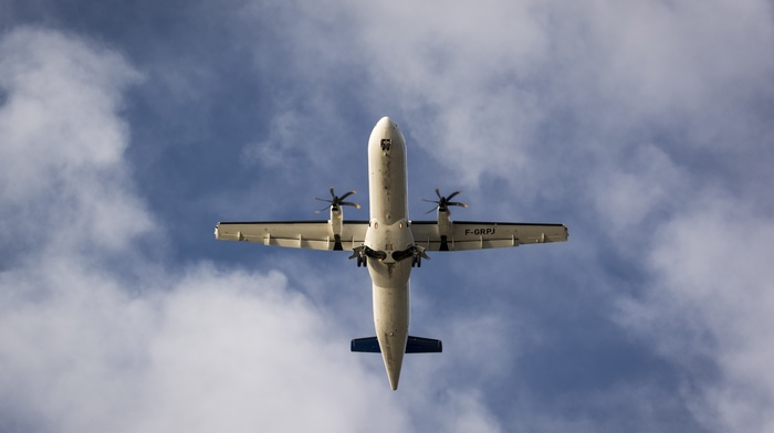 airplane, ATR 42, aircraft