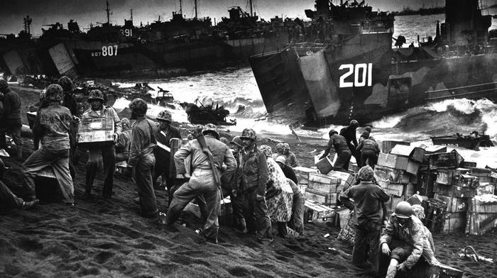 World War II, Iwo Jima, beach, war, monochrome, military, soldier