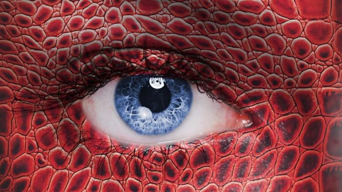 eyes, reflection, girl, skin, snake, looking at viewer, closeup, blue eyes, detailed