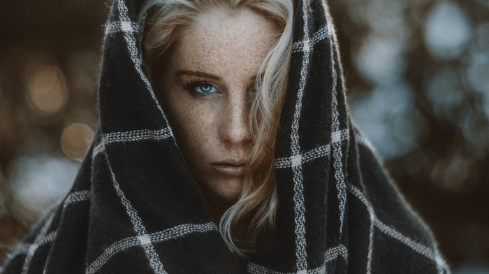 blue eyes, freckles, face, girl outdoors, looking at viewer, girl, Camille Rochette, blonde, blankets, hair in face