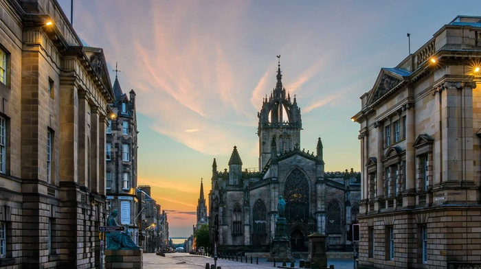 UK, Scotland, building, street light, cathedral, ancient, clouds, church, sculpture, old building, architecture, evening, tower, sunset, Edinburgh, statue, street