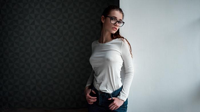brunette, Georgy Chernyadyev, no bra, shirt, white tops, Anna Dyuzhina, nipples through clothing, glasses, portrait, jeans, girl with glasses, girl, model