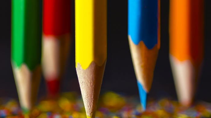 red, blue, wood, yellow, orange, pencils, green