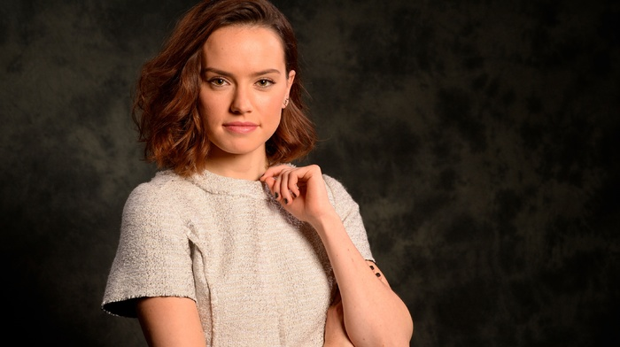 looking at viewer, girl, simple background, portrait, celebrity, brunette, Daisy Ridley, actress