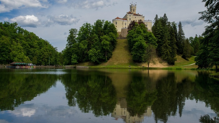 nature, Croatia, path, castle, architecture, flag, forest, trees, lake, water, ancient, trakoscan castle, Europe, grass, hills, Zagorje, tower, reflection, clouds