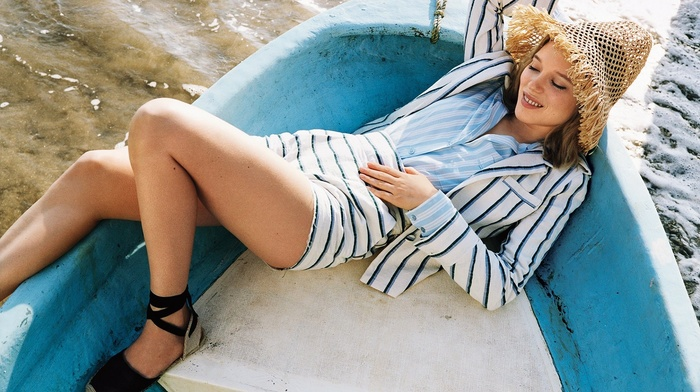 girl, straw hat, boat, lying down, shorts, actress, La Seydoux, blonde, legs, water