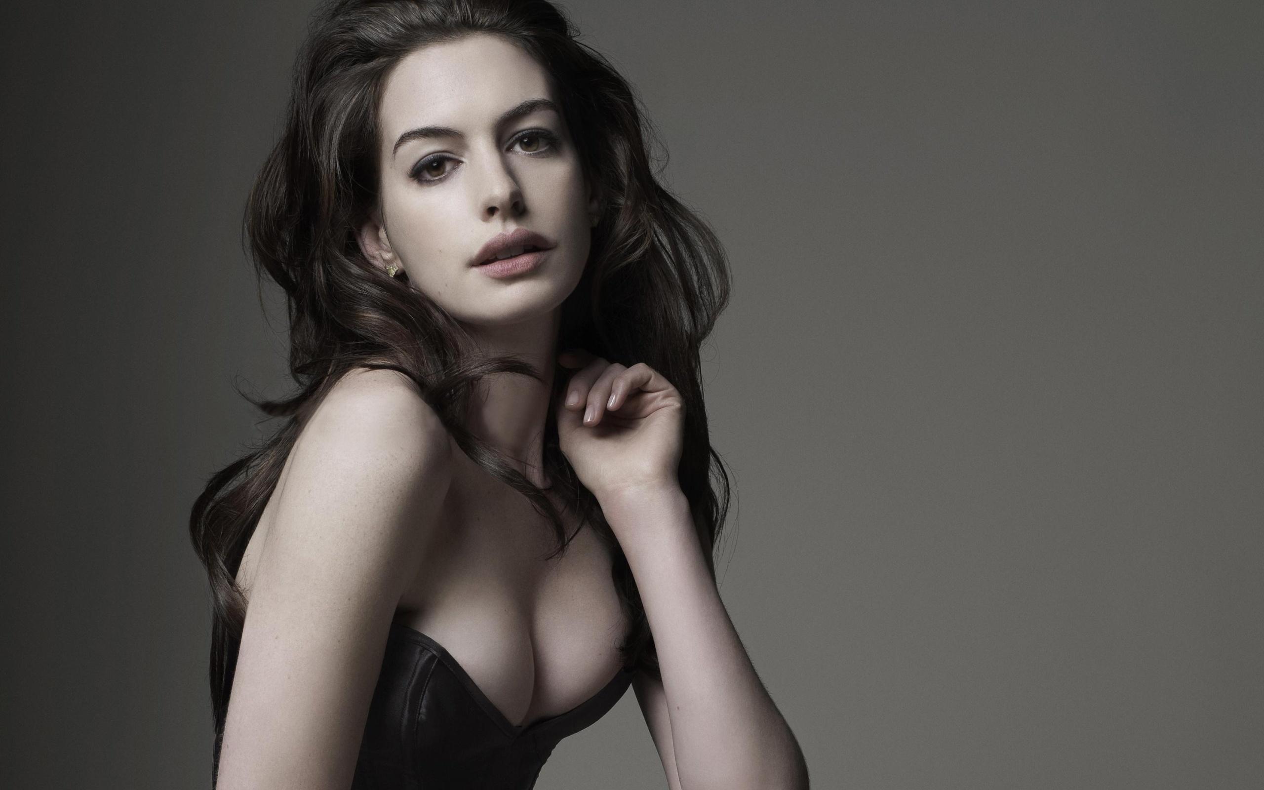 Catwoman tits naked having sex porno image
