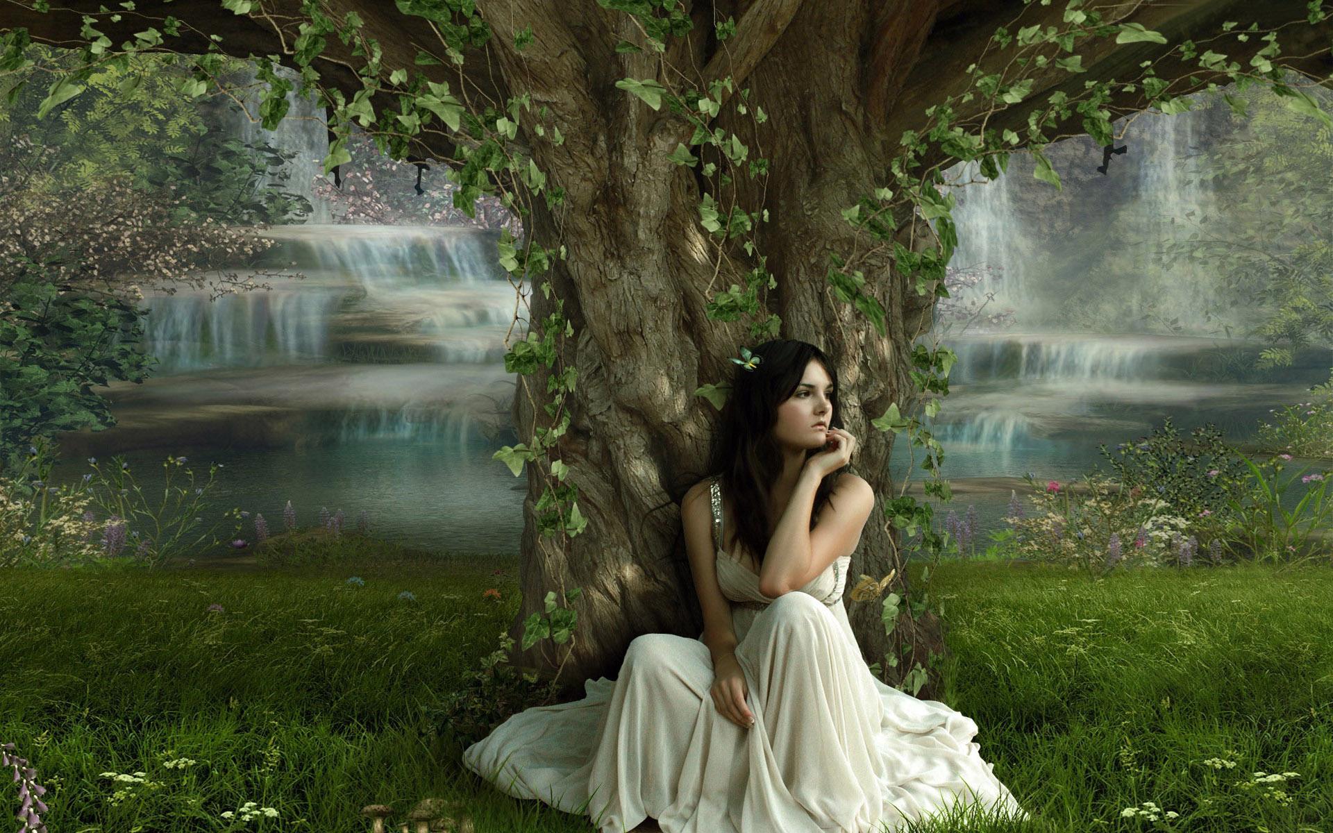 Фэнтези в красивом платье