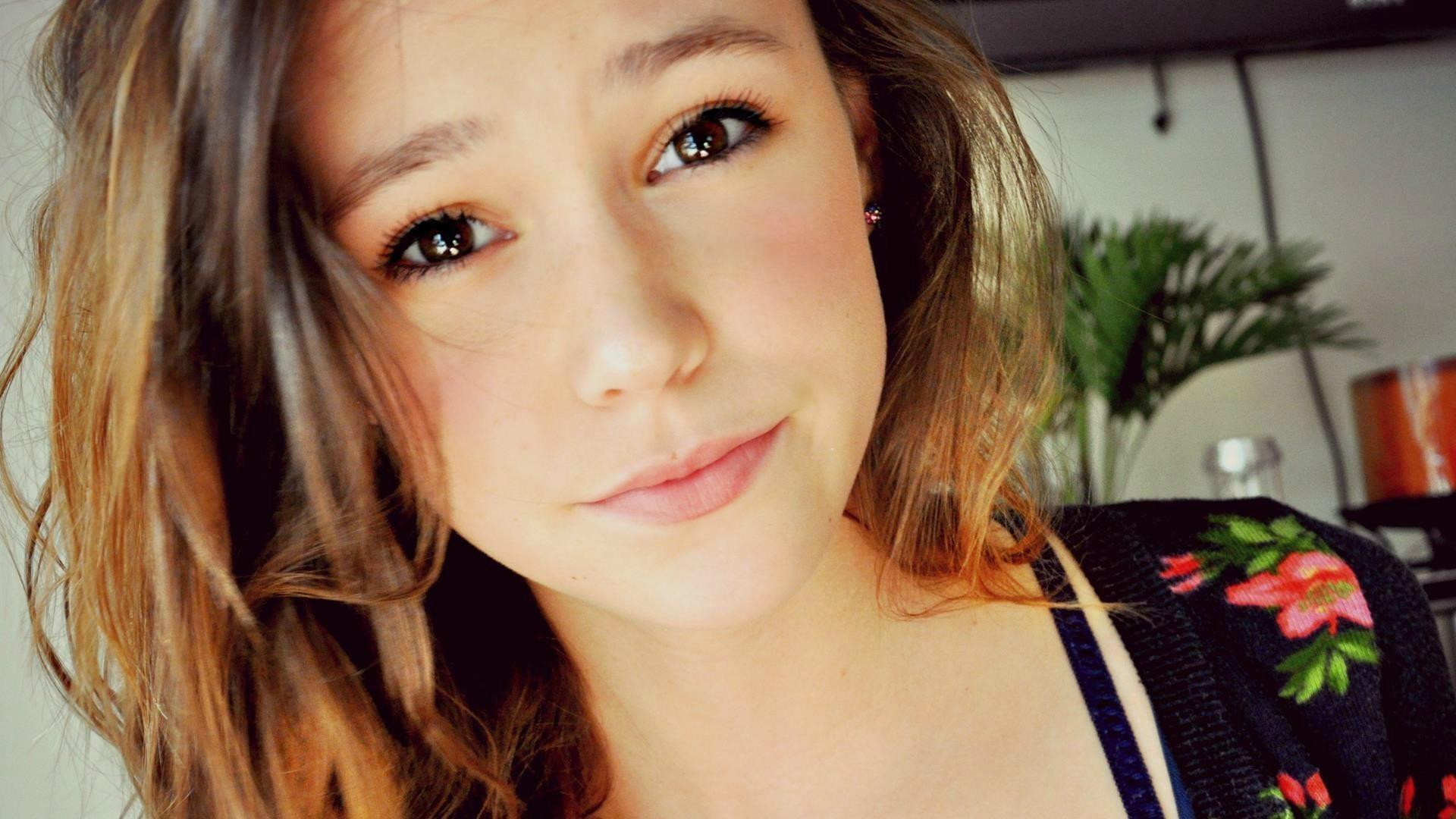 Фото 18 лет девушка 8 фотография