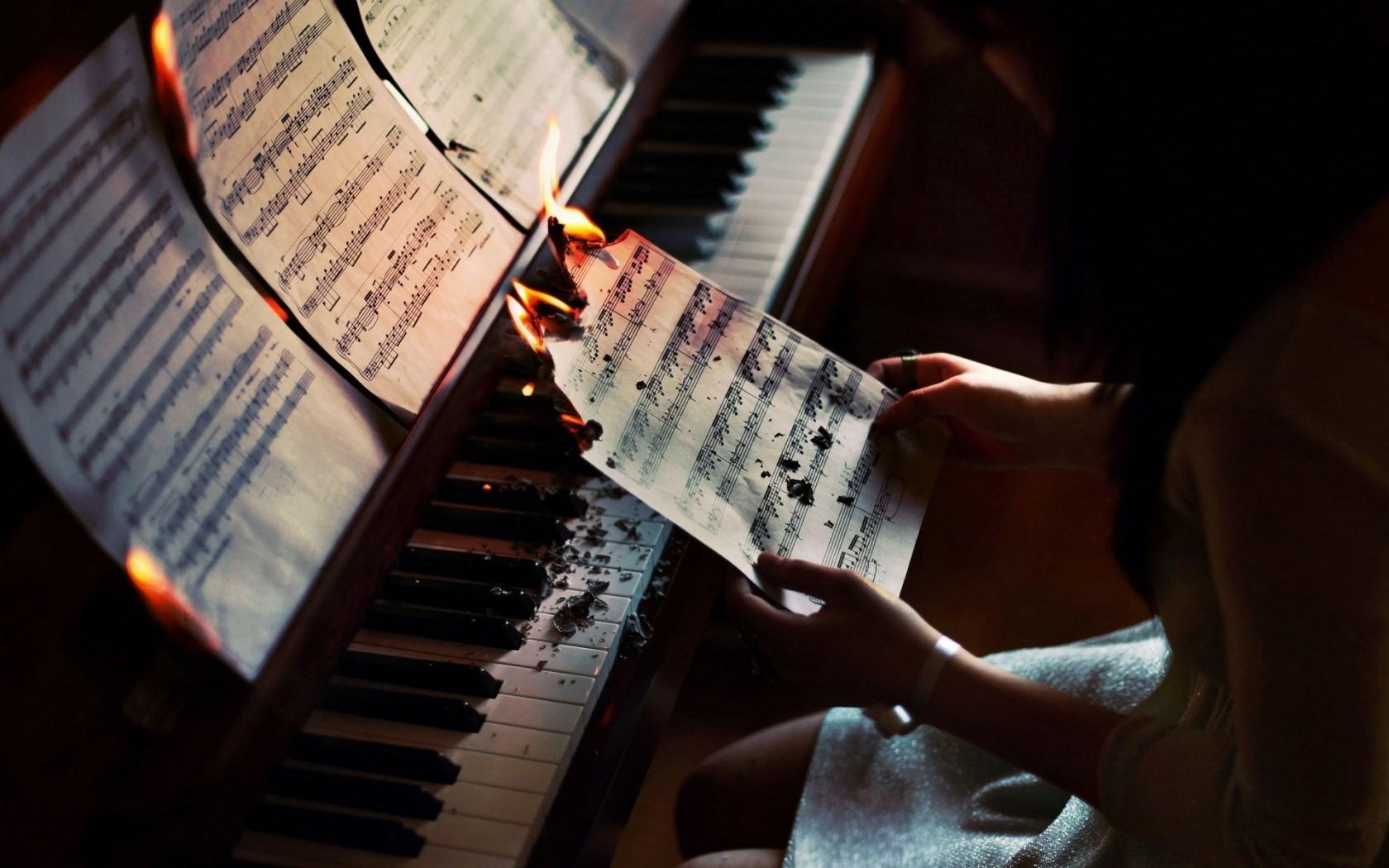 Popular Wallpaper Music Fire - wallls  Collection_231071.jpg