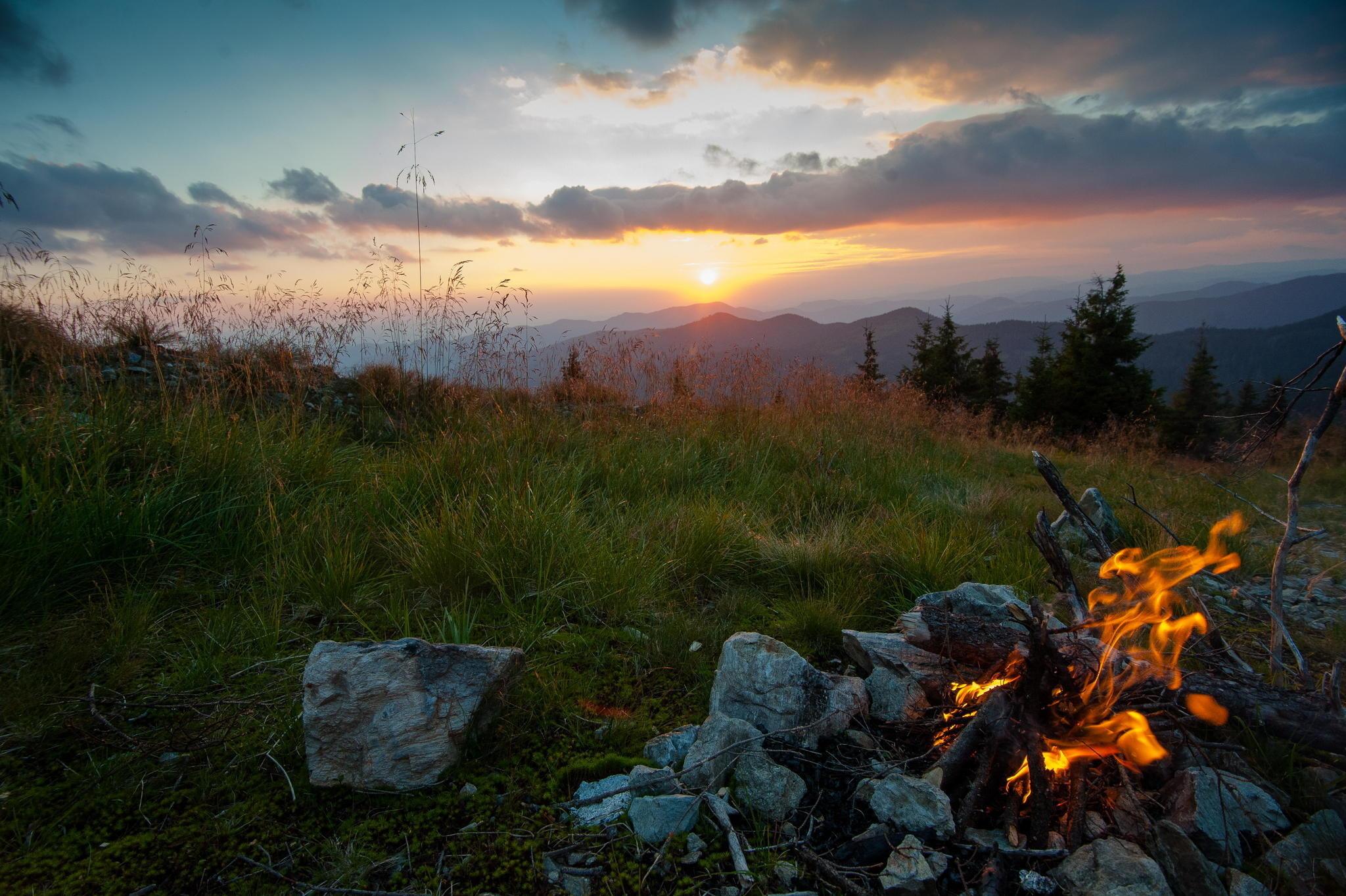 трава, Украина, костер, вечер, горы, природа