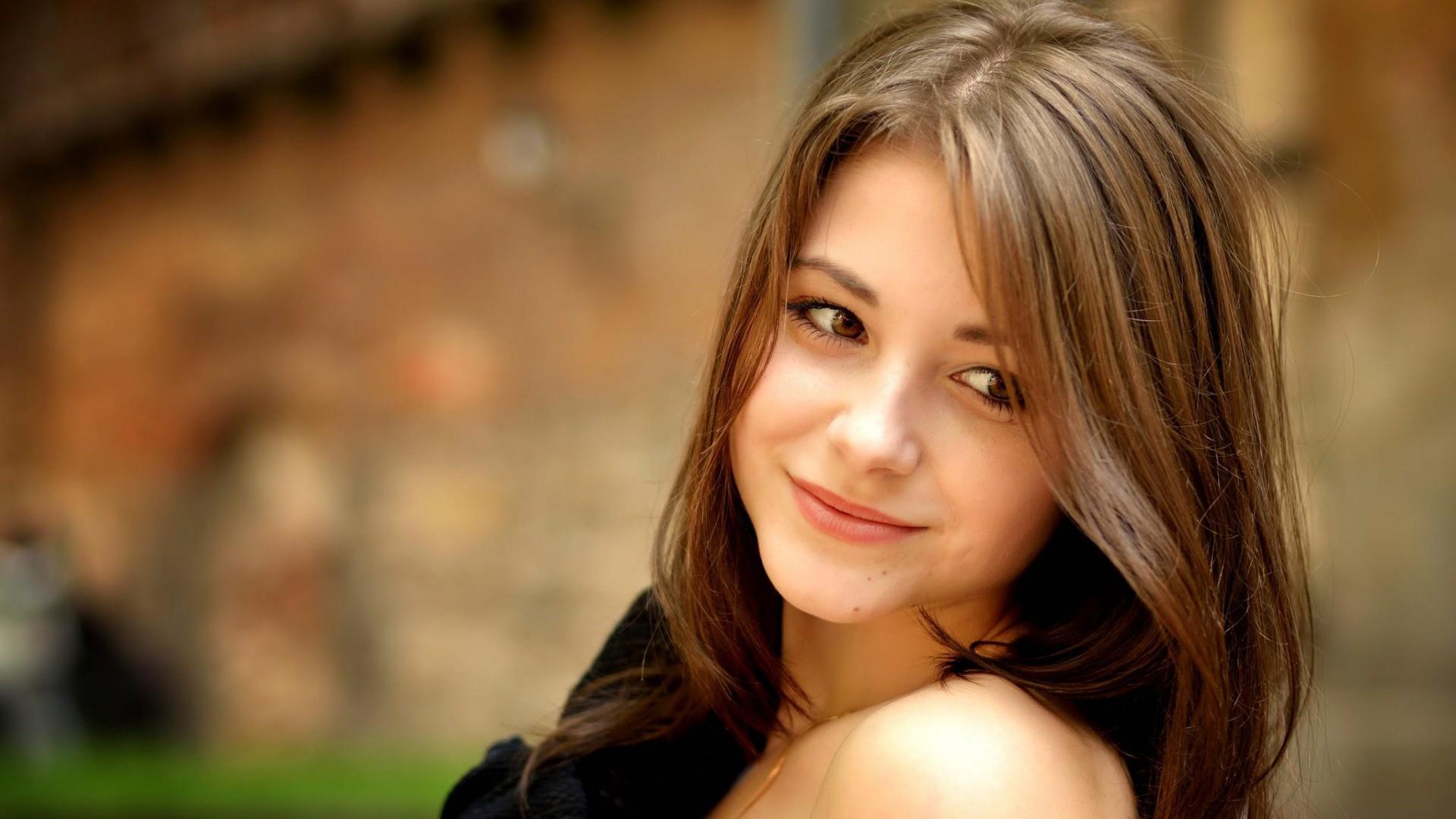 Красивые девушки на фото высокого разрешения