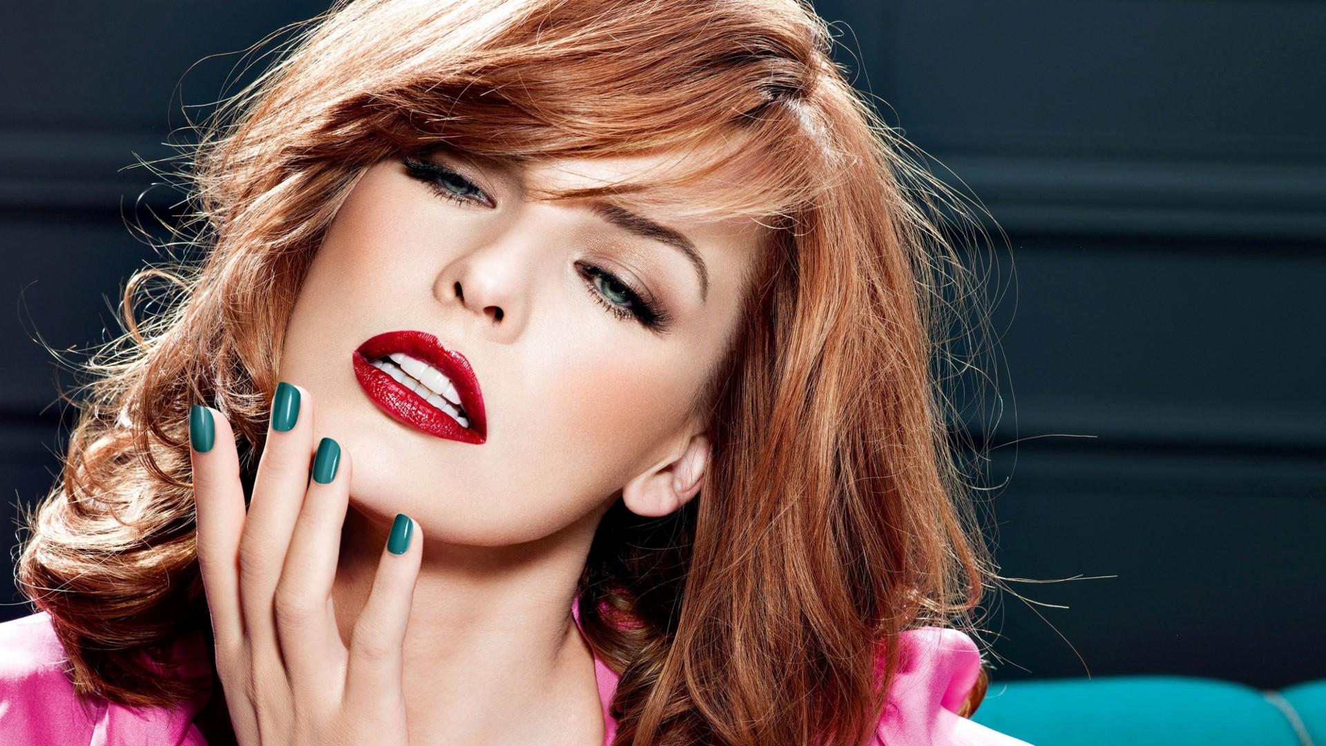 актриса, зеленые глаза, девушка, красная помада, крупным планом