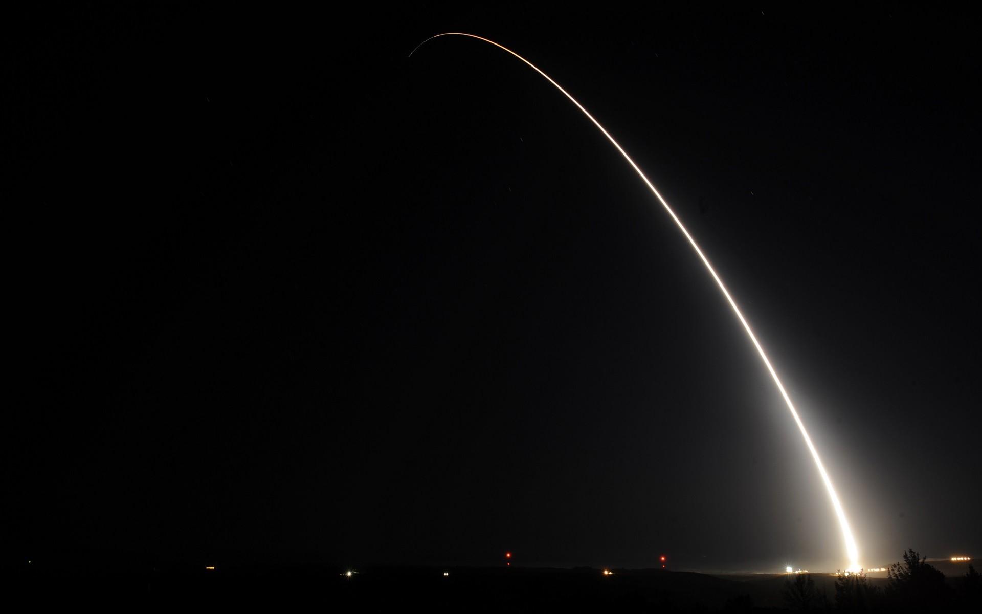 Rocket Launching Night Launch Dark Rockets
