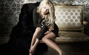 couch, Britney Spears, hazel eyes, sweater, legs, heels