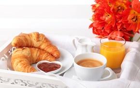 рогалики, сок, тарелка, круассаны, вкусно, Завтрак