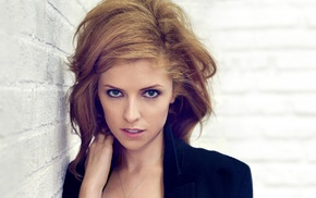 Anna Kendrick, actress, girl, open mouth, looking at viewer, blue eyes