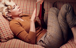 blonde, lying down, girl, Michelle Williams, curly hair, sweater