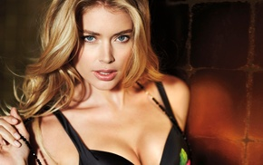 blonde, push, up bras, Doutzen Kroes, smooth skin, black bras