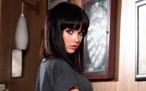 Melissa Clarke, brunette