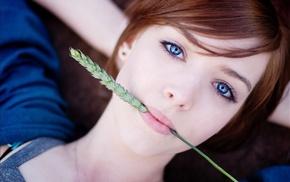 девушка, голубые глаза, лицо, рыжие, лежа