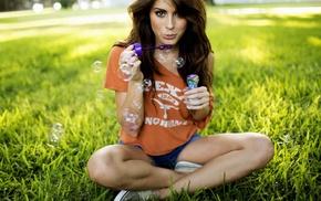пузыри, брюнетка, девушка, природа, трава