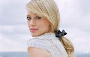 Hilary Duff, blonde