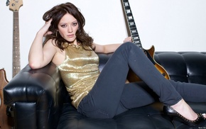 open, toed shoes, guitar, celebrity, Hilary Duff, couch