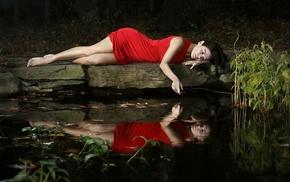 dark hair, legs, girl outdoors, water, barefoot, dress