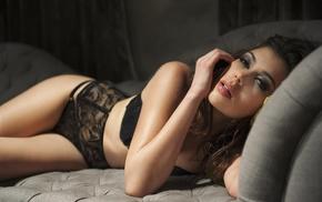 juicy lips, model, in bed, black panties, black bras, lingerie