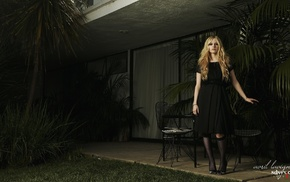 blonde, celebrity, palm trees, singer, Avril Lavigne, black dress