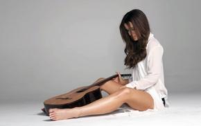 brunette, actress, girl, Kate Beckinsale, guitar, legs