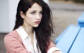 windy, brunette, blue eyes, long hair, Emily Rudd, sensual gaze