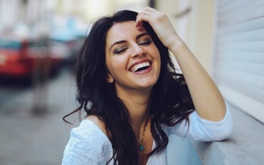 Aurela Skandaj, brunette, smiling, depth of field, girl, model