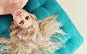 model, brown eyes, juicy lips, girl, bare shoulders, blonde
