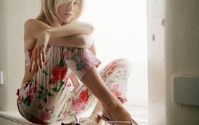 high heels, actress, blonde, Sienna Miller, pants, girl