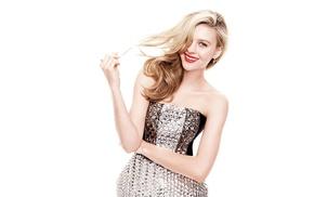 simple background, celebrity, Nicola Peltz, actress, blonde, girl