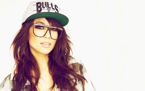 brunette, simple background, Chicago Bulls, girl with glasses, long hair, Alie Layus