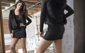 black dress, dress, Selena Gomez, black nails, long hair, legs