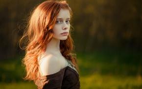 portrait, model, girl outdoors, bare shoulders, redhead, blue eyes