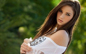 Madison Morgan, brown eyes, face, girl, girl outdoors, brunette