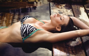 armpits, wet hair, flat belly, girl outdoors, brunette, bikini