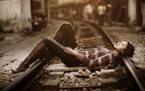 model, shirt, girl outdoors, brunette, urban, girl