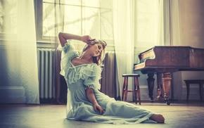 Raphaella McNamara, piano, girl, dress, blonde