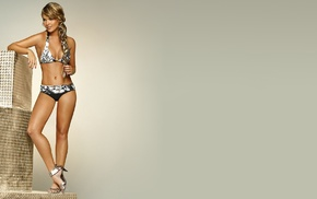 simple background, Melissa Giraldo, high heels, model, blonde